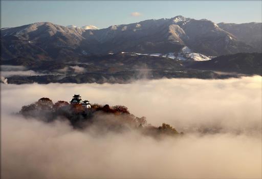 天空の城 越前大野城フォトギャラリー